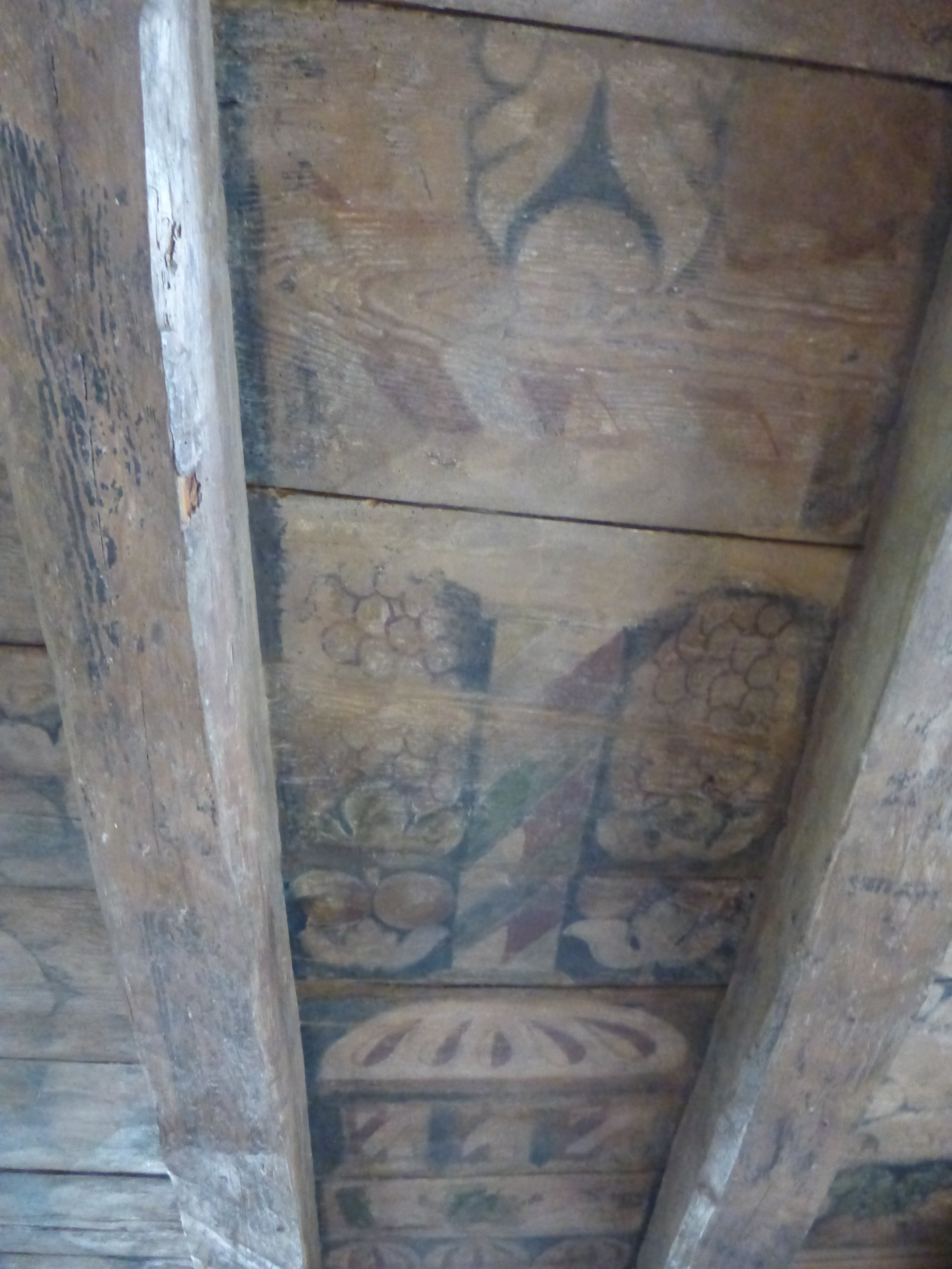 painted ceiling at aberdour castle published july 11 2015 at 3456 4608 - Painted Wood Castle 2015